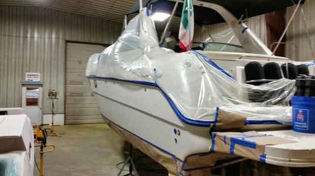 Лодка стеклопластиковая и выбор места для ремонта